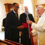 Papa pede perdão por falhas da Igreja no genocídio em Ruanda