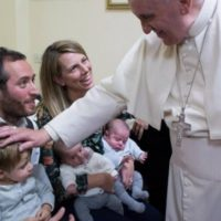 Vaticano apresenta carta do Papa para 9ºEncontro Mundial das Famílias