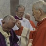 """Quarta-feira de Cinzas: Papa propõe 3 ações para """"aquecer o coração crente"""""""