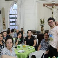 Chá Solidário na Paróquia Nossa Senhora da Boa Viagem