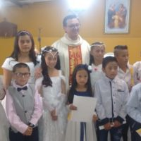 Irmãos Sacramentinos organizam primeira comunhão na Capela do Alaska, em Bogotá