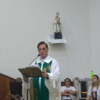 Pe. Magalhães visita comunidade de Sete Lagoas