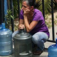 Apagão na Venezuela: mortes nos hospitais. Guaidò pede estado de emergência