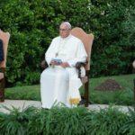 """Papa Francisco convoca """"um minuto pela paz"""""""