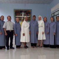 Irmã Abgair dos santos Moreira visita Vietnã