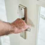 O que está fechando a porta da nossa fé?