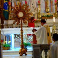 Celebração da Festa de Corpus Christi na Igreja da Boa Viagem – BH