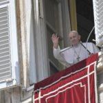 O Papa: a Trindade é Amor a serviço do mundo, que quer salvar e recriar