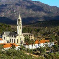 Conheça o Santuário do Caraça