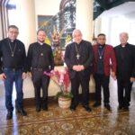 Cardeal Orani João Tempesta O. Cist. Recebe visita da Comunidade Sant'Ana