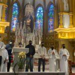Retomada das adorações presenciais com as madrinhas e Padrinhos das vocações sacramentinas